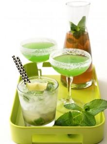 Cocktail freschi alla menta, anche analcolici