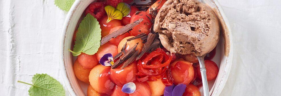 Melone, anguria e ribes con peperoncino candito, zenzero e gelat