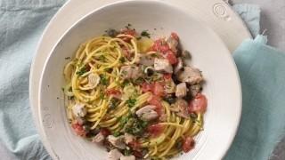 Pasta al tonno fresco e sott'olio e con pomodorini