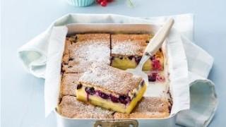Torta magica con i frutti di bosco
